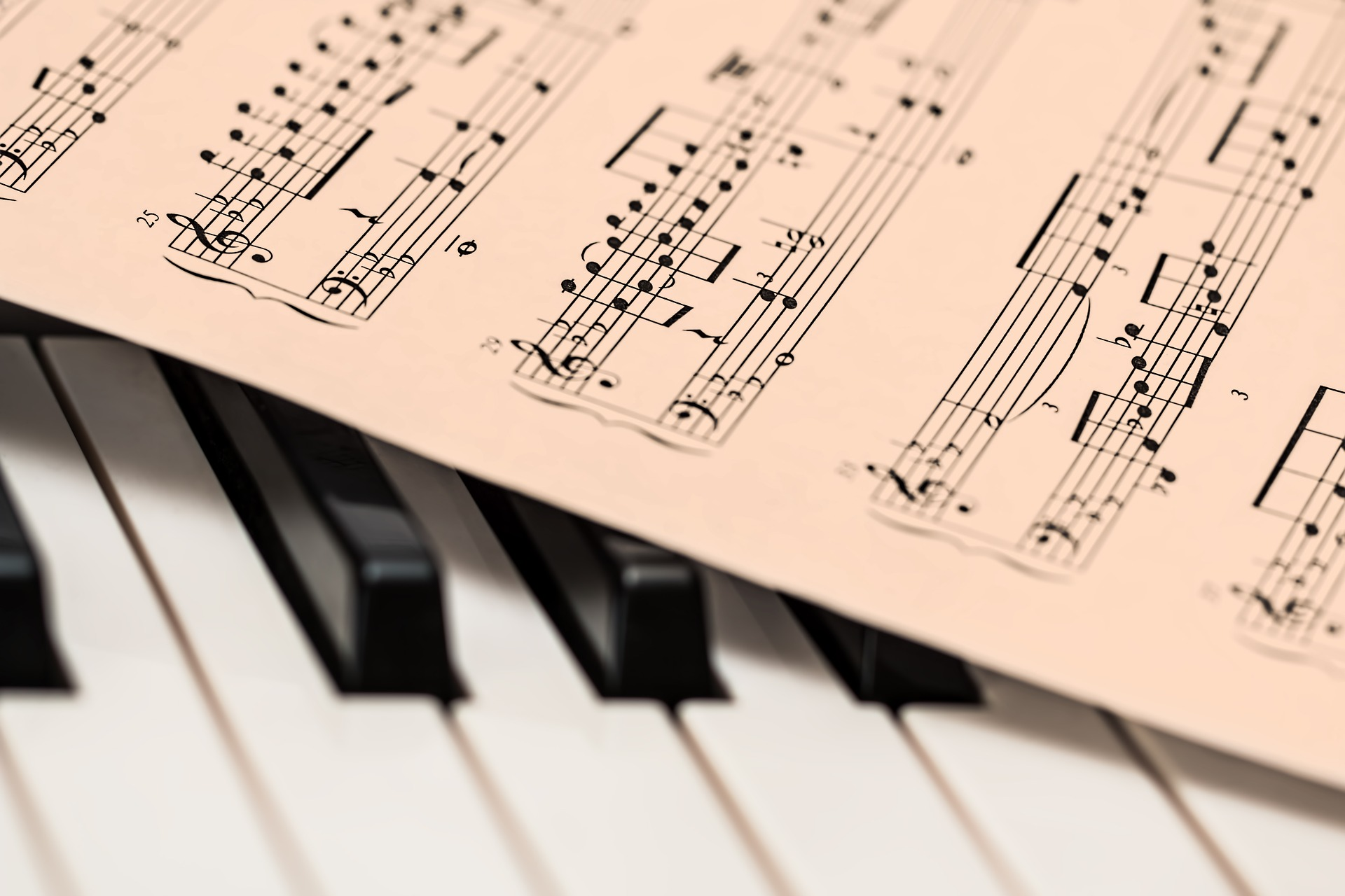 Vaticano: «Nobel da Teologia» para o compositor estónio Arvo Pärt