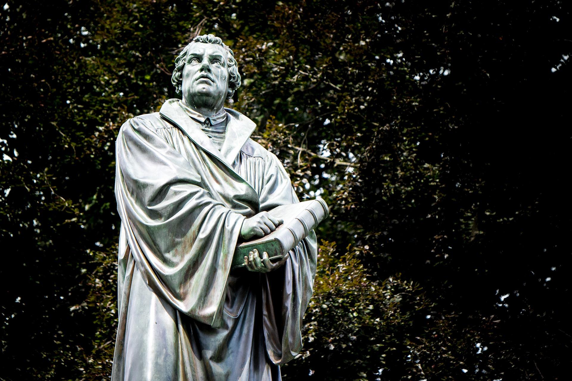 Livro: Porfírio PINTO (coord.) – A grande Rutura: Olhares cruzados sobre Lutero e a Reforma Protestante.