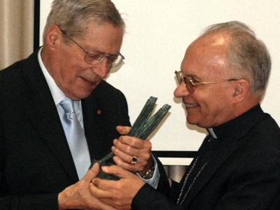 Instituto de Bioética da Universidade Católica assinala 90 anos de Walter Osswald