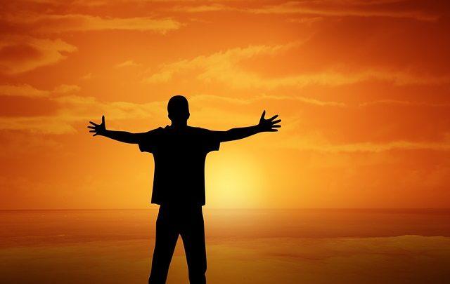 A alegria de viver feliz com Jesus