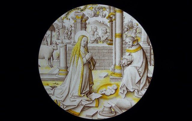 DO CORPO DE MARIA, NASCE JESUS, O SALVADOR