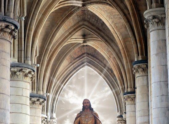 JESUS, O RESSUSCITADO POR AMOR