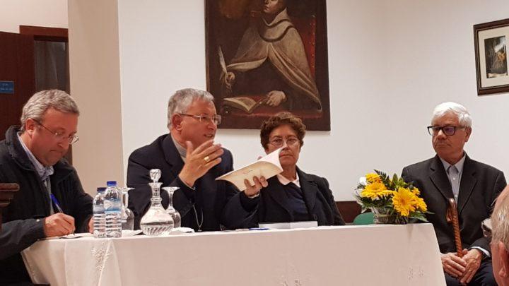 Sessão de Apresentação de livro biográfico sobre Edith Stein