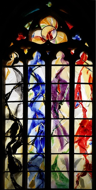 church-window-512050_640