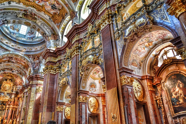 baroque-church-439488_640