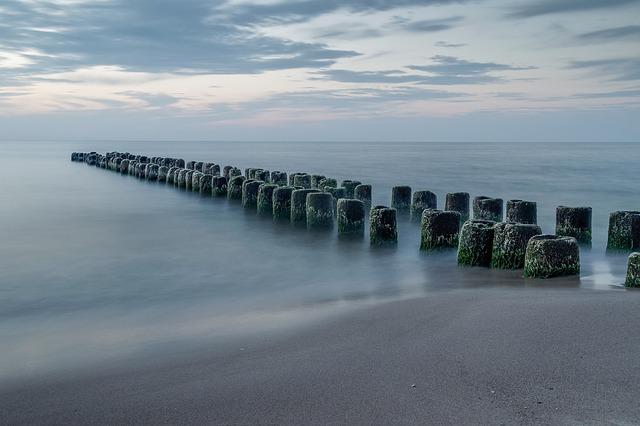the-endless-sea-3875910_640