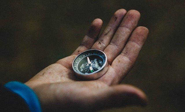 compass-1753659_640 (2)