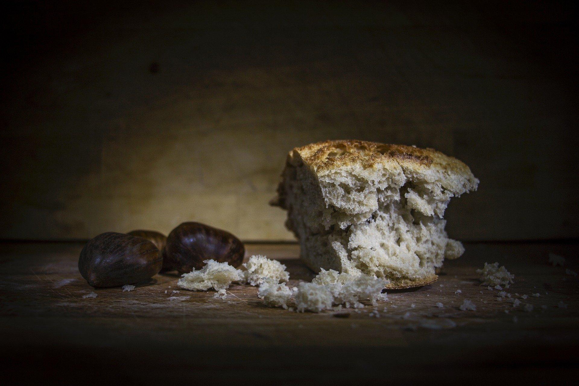 bread-1750987_1920