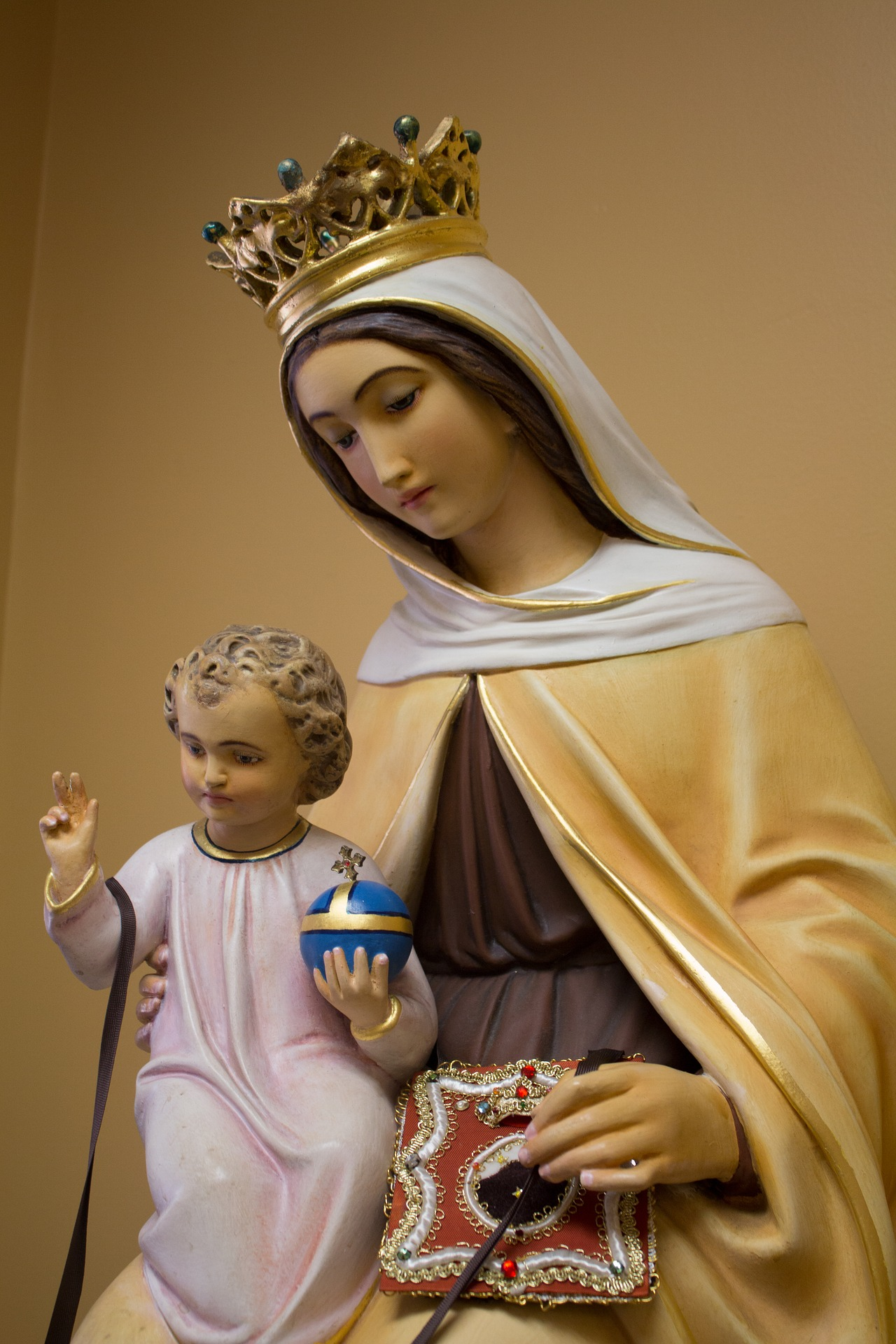 our-lady-of-mount-carmel-2114540_1920