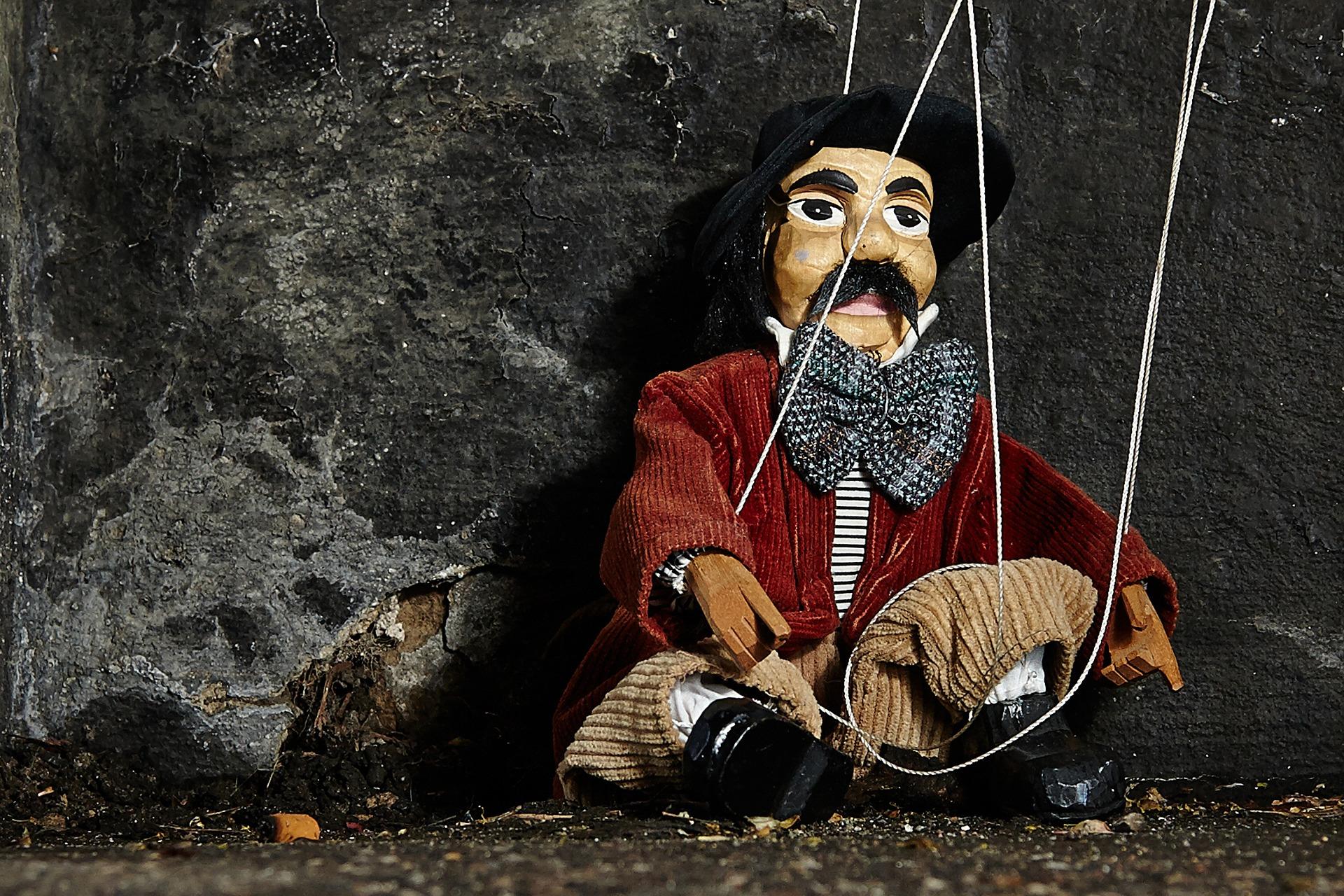 marionette-2470594_1920