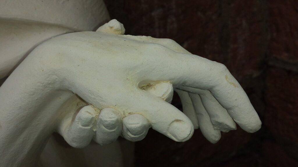 hand-447040_1920