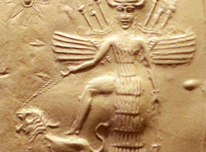 Ishtar_on_an_Akkadian_seal