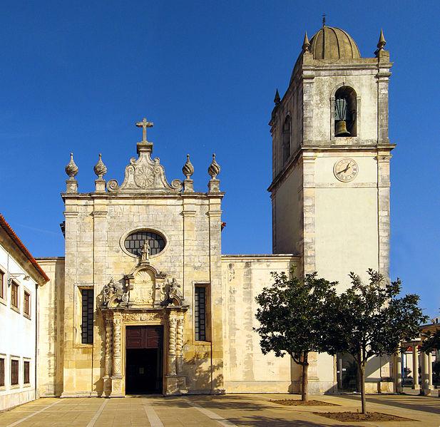 617px-Catedral_da_Sao_Domingos_Aveiro